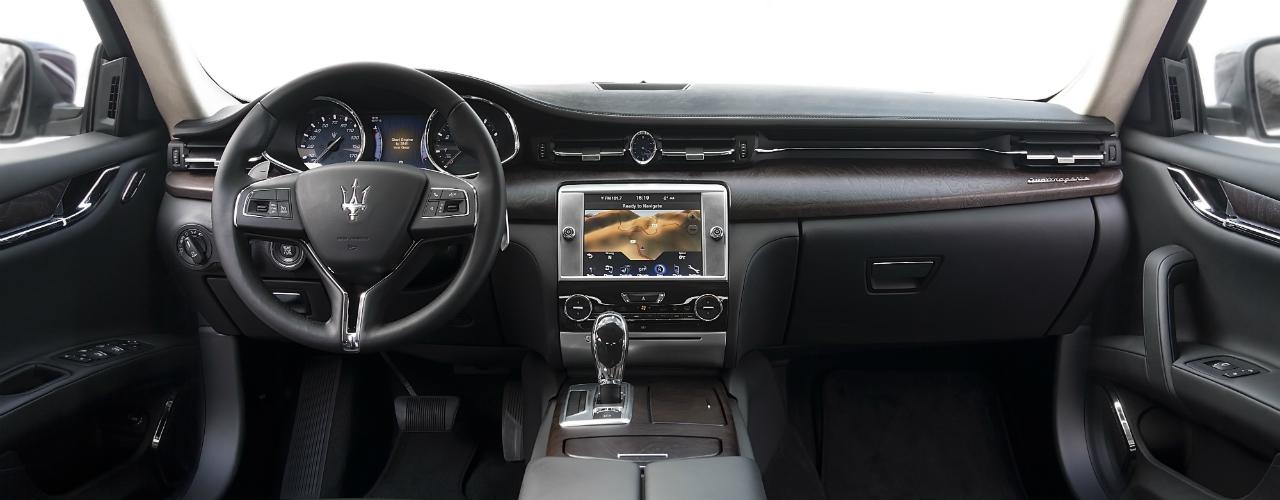 Quattroporte interior