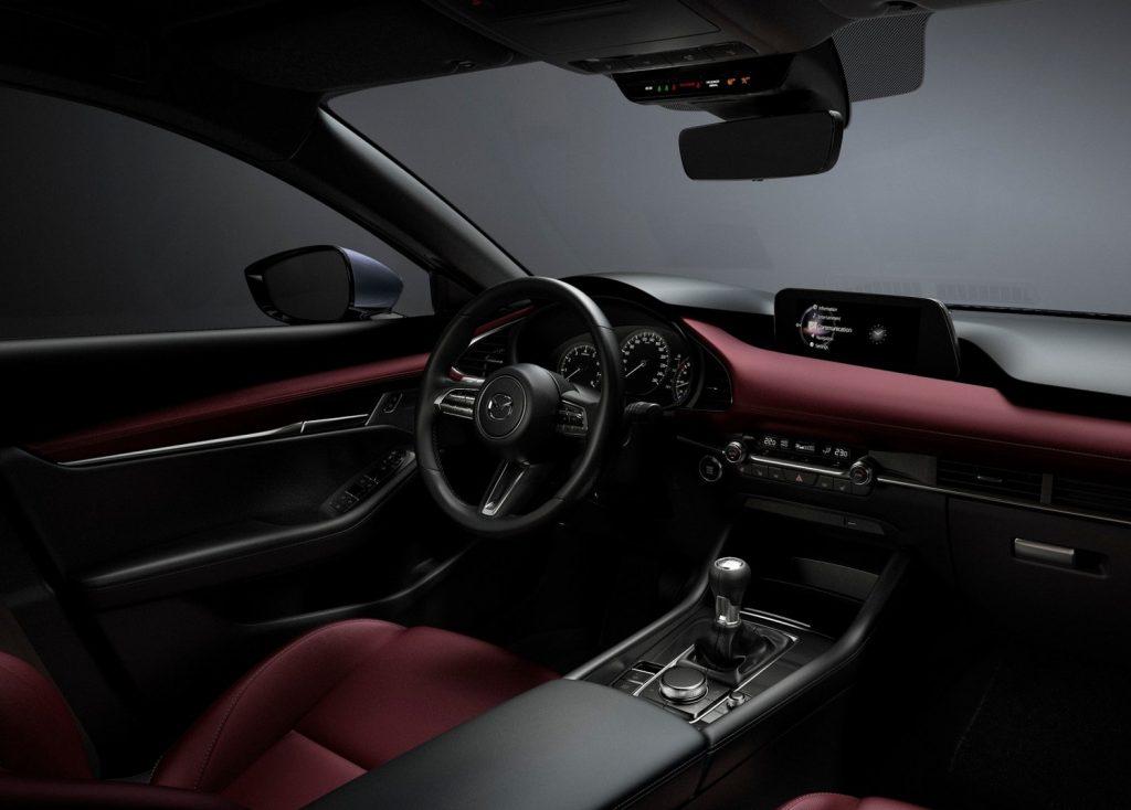 Mazda_3_2019_interior