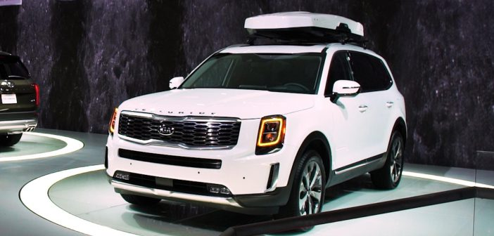 Hyundai Palisade vs. Kia Telluride: A Features Comparison
