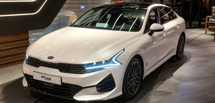 Is the 2021 Kia K5 Sedan a Good Car? 6 Pros and 3 Cons